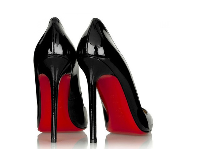 louboutin-black-patent-shoes_140923