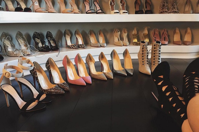 kylie-jenner-shoe-closet