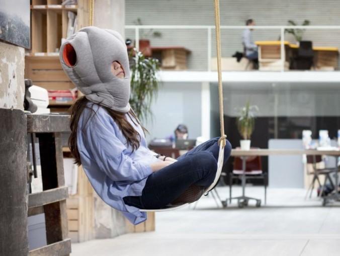 travel-neck-pillow-sleep-head-rest-c2a9-ostrich-pillow-studio-banana-things-e1423844803194